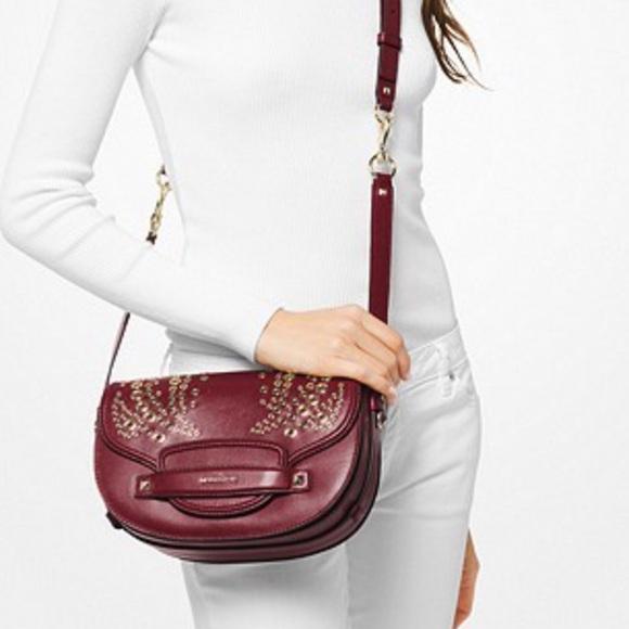 d417c190882799 Michael Kors Bags | New Medium Cary Saddle Bag | Poshmark